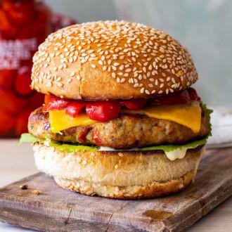 Чізбургер М
