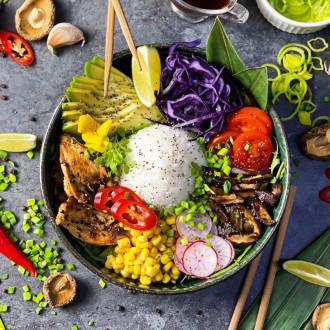 Поке боул з рисом та куркою теріякі