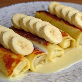 Млинці з бананом та згущеним молоком. Вагова страва