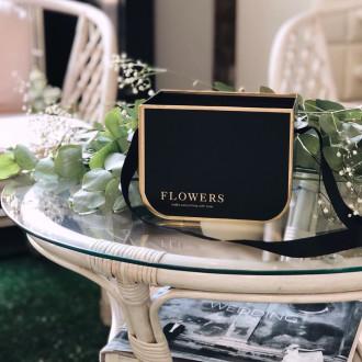 Коробка чорна під квіти