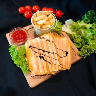 Сендвіч з беконом