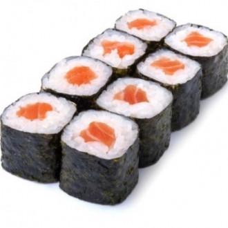 Макі з лососем